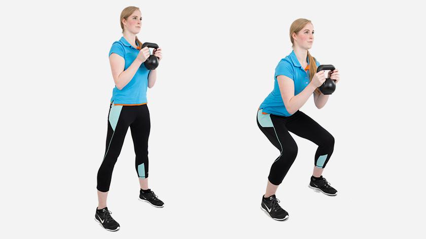 Explications squat gobelet avec kettlebell
