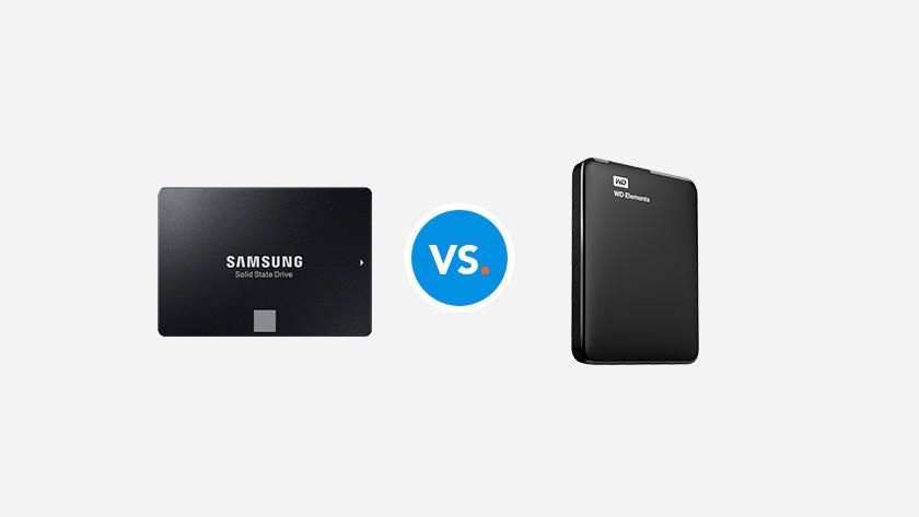 Un SSD Samsung SSD et un disque dur WD.