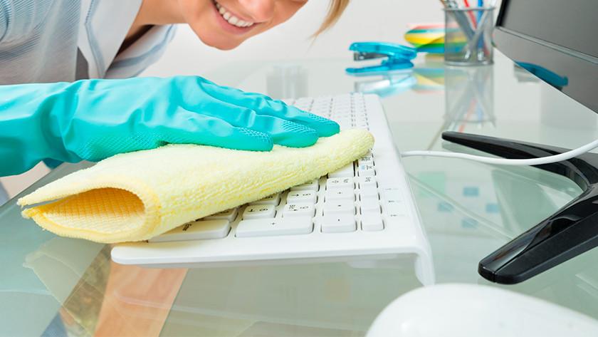 Nettoyer le clavier de façon superficielle