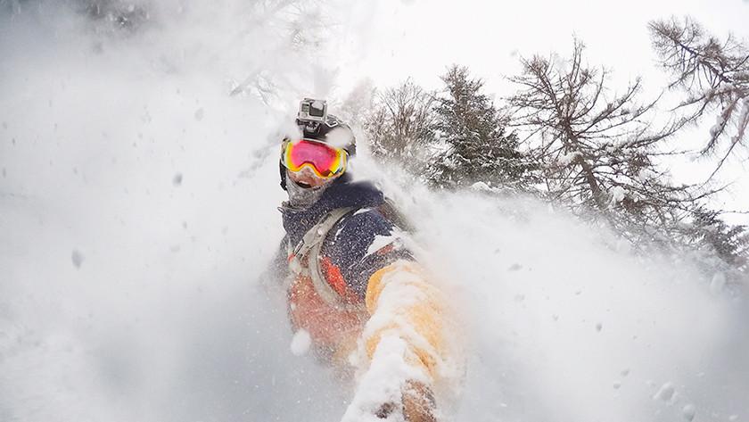 Snowboarder of skiër