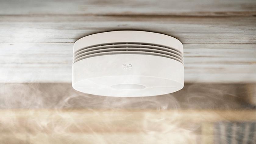 Test smoke detector
