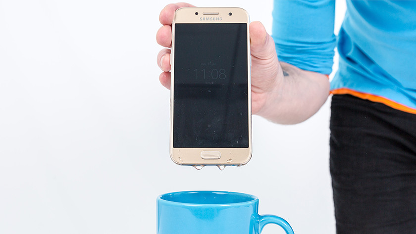 Samsung Galaxy A3 (2017) Waterproof