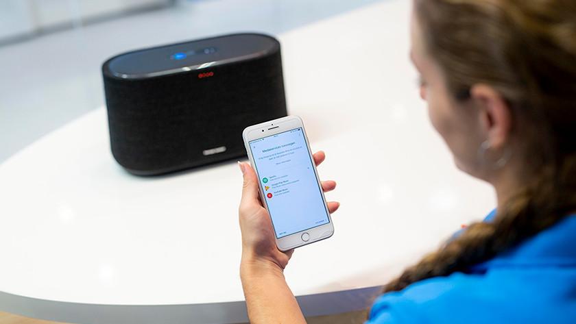Smart speaker installatie
