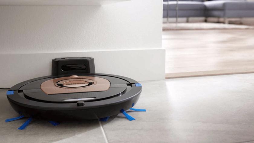 Charging options robot vacuums