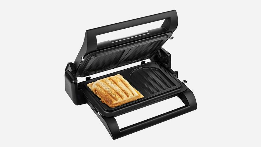 tosti ijzer met tosti