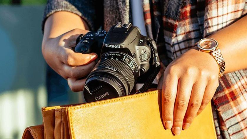 Caractéristiques physiques du Canon EOS 200D