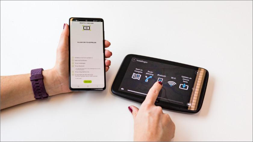 Verbind je TomTom via Bluetooth aan je smartphone