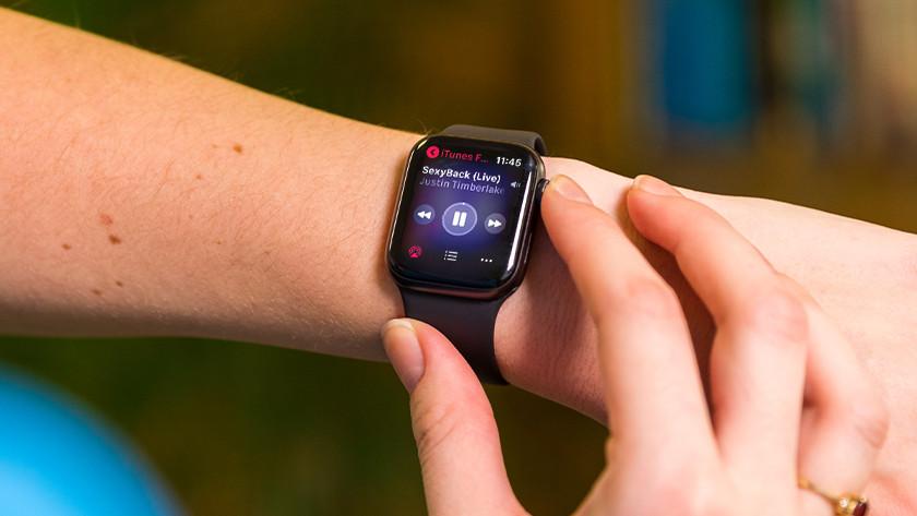 Muziek luisteren met Apple Watch