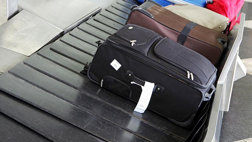 Voyager en avion avec une valise souple