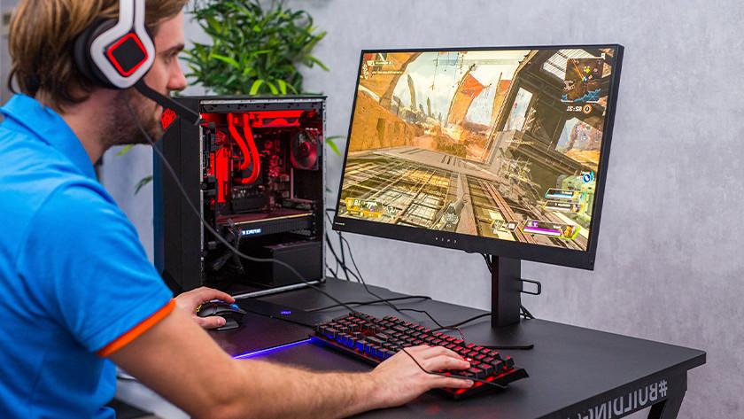 Desktop gaming setup