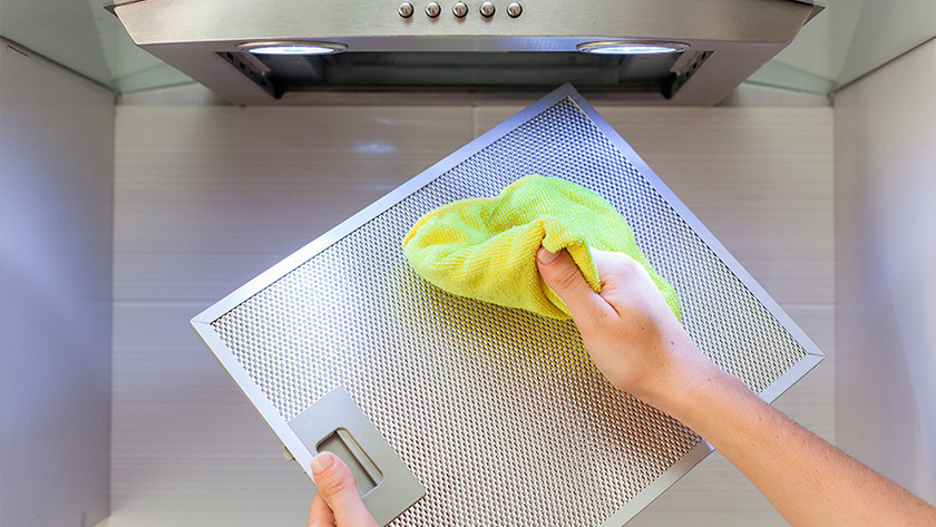 Clean the grease filter range hood