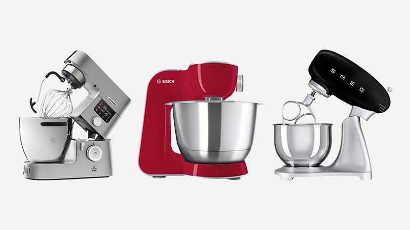 Kenwood, Bosch en Smeg keukenmixers naast elkaar