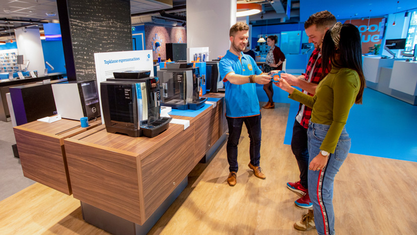 View coffee machines in Coolblue store Amsterdam