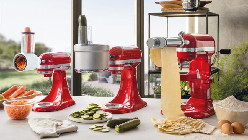 KitchenAid keukenmixers met rasp-, snij- en pastaroller opzetstuk