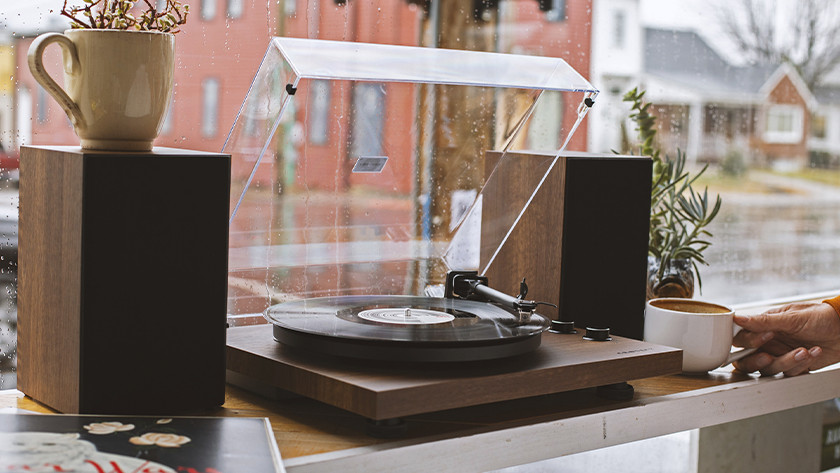 Fully automatic record player