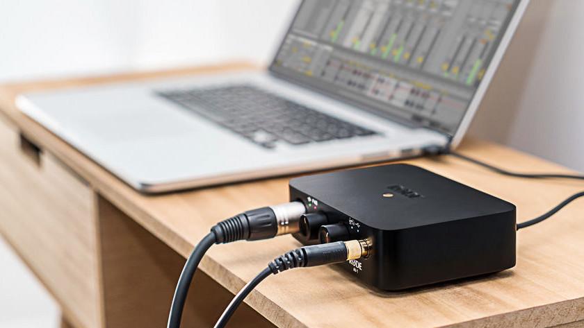 Brancher votre interface audio à votre ordinateur