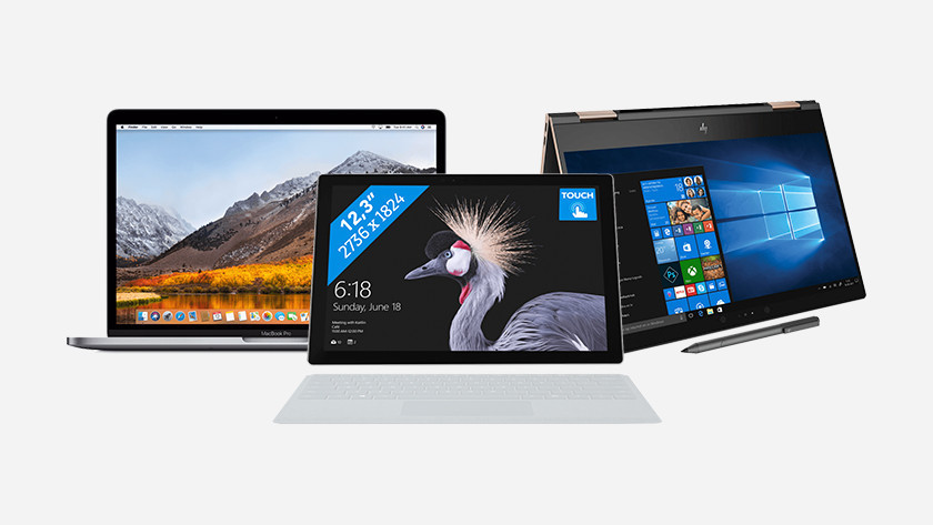 Ordinateur portable MacBook, Surface et HP.