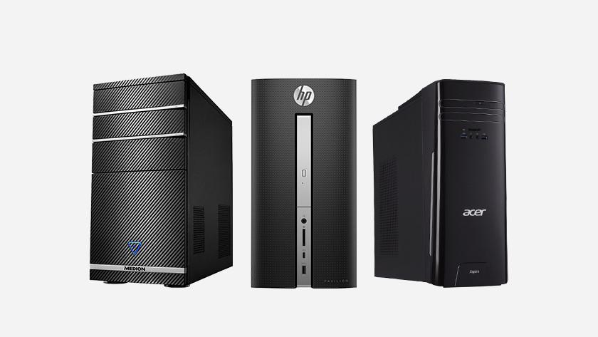 Drie desktops naast elkaar.
