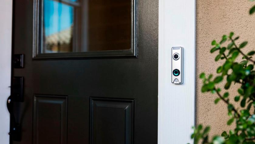 Internet connection doorbell