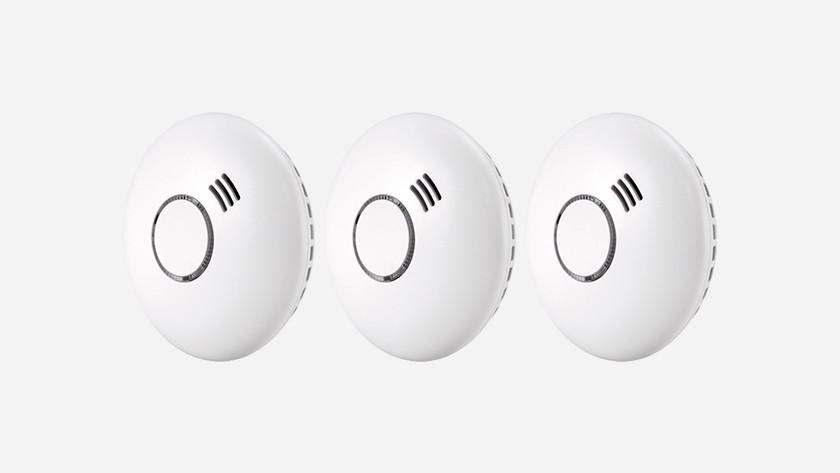 Linkable smoke detectors