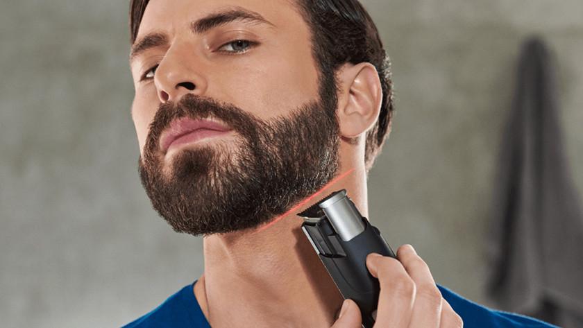 Tondre une barbe bien fournie avec une tondeuse à barbe Philips