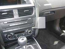 Brodit ProClip Audi A4/A5/S5 à partir de 2008  Fixation en Angle Droit