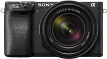 Sony Alpha A6400 + E 18-135 mm f/3.5-5.6 OSS