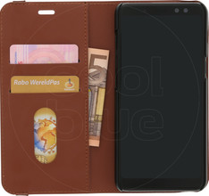 Azuri Wallet Magneet Galaxy A8 (2018) Book Case Beige
