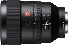 Sony FE 135mm f/1.8 GM