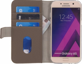 Mobilize SE Classic Gelly Wallet A5 (2017) Book Case Bruin