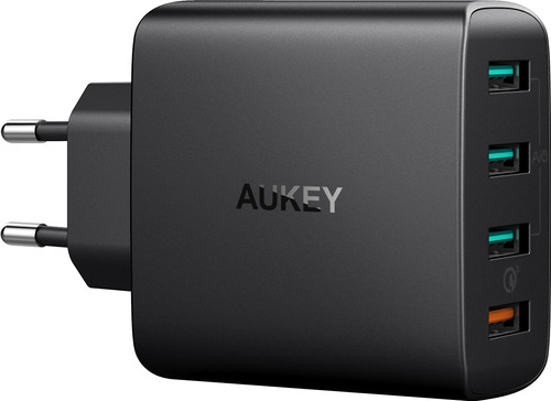 Aukey Usb A Thuislader met 4 Poorten 4,8A Quick Charge Zwart Main Image