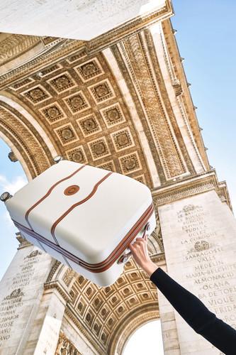39cdfc883f ... Delsey Châtelet Air SLIM Valise à 4 roulettes 55 cm Blanc produit à  l'usage