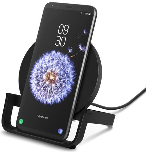 Belkin Boost Up Chargeur sans fil 10 W avec support Noir Main Image