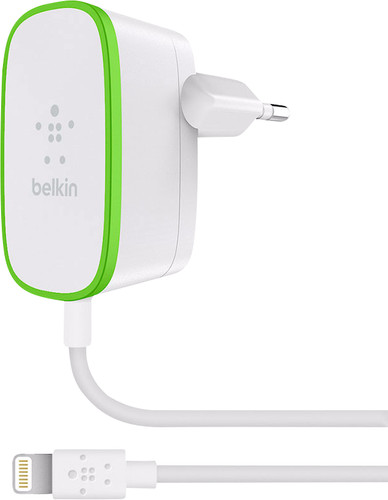 Belkin Chargeur domestique Lightning 2,4 A Blanc Main Image