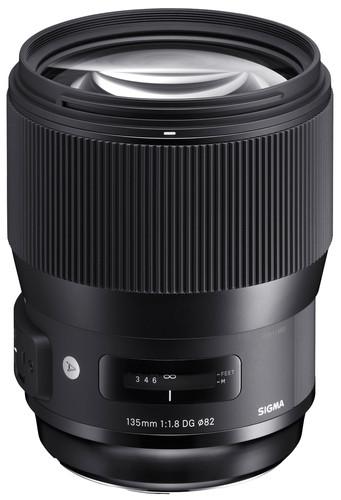 Sigma 135mm f/1.8 DG HSM ART Canon Main Image
