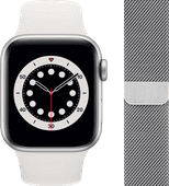 Apple Watch Series 6 40mm Zilver Aluminium Witte Sportband + Polsband Milanees Zilver