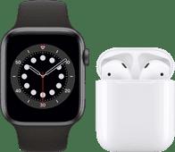 Apple Watch Series 6 44mm Space Gray Zwarte Sportband + Apple AirPods 2 met oplaadcase