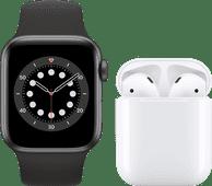 Apple Watch Series 6 40mm Space Gray Zwart Bandje + Apple AirPods 2 met oplaadcase