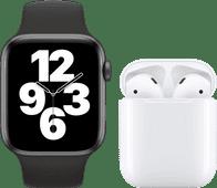 Apple Watch SE 44mm Space Gray Zwart Bandje + Apple AirPods 2 met oplaadcase