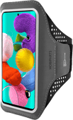 Mobiparts Comfort Fit Sportarmband Samsung Galaxy A51 Zwart